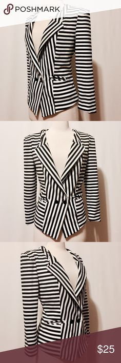 """⭐️ Black & White Stripe Fitted Jacket Stylish! Black and white stripe jacket, horizontal stripes accented with bias stripe on the center front. Extended shoulders. Featuring double-breasted style, convertible color, welted pockets. Fully lined. 86% Polyester 10% Rayon 4% Spandex Hand Wash 38"""" Bust 20"""" Overall Length #TH0701016 Forever 21 Jackets & Coats Blazers"""