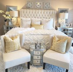 35 Amazingly Pretty Shabby Chic Bedroom Design and Decor Ideas - The Trending House Home Decor Inspiration, Classy Bedroom, Bedroom Makeover, Luxurious Bedrooms, Home Decor, Bedroom Inspirations, Farmhouse Bedroom Decor, Remodel Bedroom, Master Bedrooms Decor