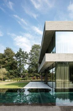 House V in Belgium by Architectslab