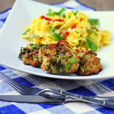 Cheesy Baked Broccoli Fritters (gluten-free)