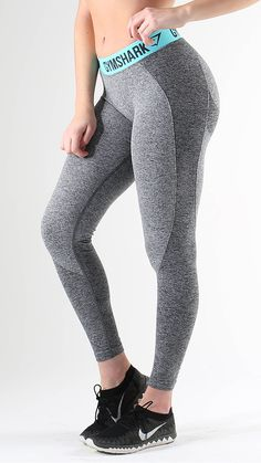Flex Leggings in Charcoal Marl/Pale Turquoise are Form hugging and figure flattering.  The Gymshark Flex Leggings combine our seamless knit with beautiful design and are squat proof.