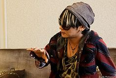 Vamps interview - K.A.Z (Llu Photography) Tags: paris sunglasses japan japanese band hyde jrock interview kaz vamps