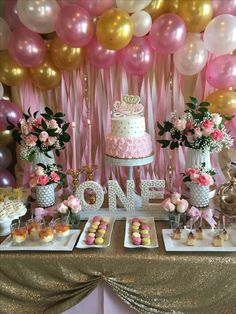 Pink and gold party 1st Birthday Foods, First Birthday Cupcakes, Pink And Gold Birthday Party, Fairy Birthday Party, Baby Girl Birthday, Gold Party, 1st Birthday Parties, 1st Birthday Girl Decorations, Girly