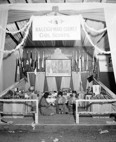 Girl Scout demonstration at the North Carolina State Fair, October 19, 1946 ^ cs
