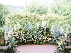 Even a rustic Tuscan venue can be a perfect refined set for a marvellous event, like was the one of Masha and Paul picked up to welcome their guests for a three days celebration. Wedding Bouquets, Wedding Flowers, Wedding Ceremony Backdrop, David Austin Roses, Flower Branch, Unique Invitations, Wedding Music, Delphinium, All Flowers
