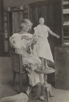 Madeleine Vionnet 1923 Vogue Magazine  and biography. Queen of the Bias Cut.