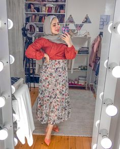 Muslim Fashion, Hijab Fashion, Fashion Dresses, Phone Wallpaper Images, Mode Hijab, Very Lovely, Casual Outfits, Style Inspiration, My Style