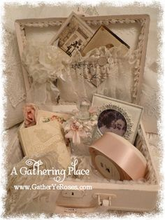 A Gathering of Thoughts beautiful train case. Rebecca does beautiful work.