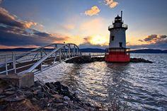 Tarrytown lighthouse, on the Hudson- Sleepy Hollow, New York