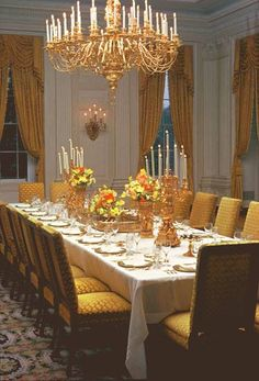 White House Monroe Room Was Decorated By Jackie Kennedy