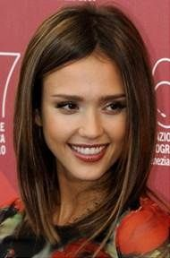 im thinkging about getting my hair cut like this when i donate it! would this look good with curly hair?