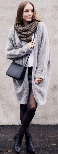 BY ANNA - Fashion and Lifestyle Blog from Stuttgart: Leather Skirt & Mohair Cardigan #anna