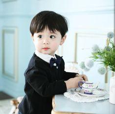 the next story after he's vampire Bagi Taehyung kembalinya Jung Yeri… # Vampir # amreading # books # wattpad Cute Asian Babies, Korean Babies, Asian Kids, Cute Babies, Cute Baby Boy, Cute Kids, Baby Kids, Handsome Kids, Ulzzang Kids