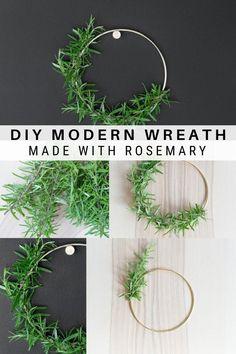 Modern Christmas Decor, Christmas Crafts, Christmas Decorations, Gold Wreath, Diy Wreath, Modern Wreath, Wreath Making, Gold Diy, Gold Hoops