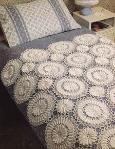Heirloom Bedspread Crochet Pattern by PaperButtercup on Etsy, $5.50