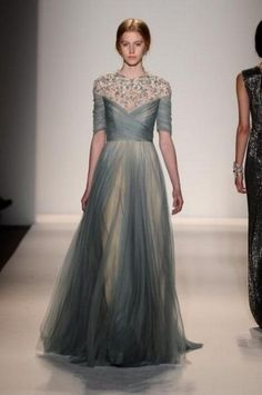 Jenny Packham Fall 2013 - Jenny Packham not only designs evening gowns but  creates stunning bridal looks as well. Her recent show at Fashion Week was  a ... 9c4b926dd