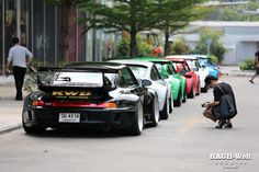 "RWB line up, aka ""you must be this w-i-d-e to get in line"" #rwb #porsche"