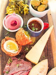 Ploughman's lunch#Jacobscreek #myperfectpicnic