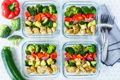 Eat Clean Meal Prep Made Simple: Roasted Chicken and Veggies! - Prep-ahead and make Clean Eating effortless with this Roasted Chicken and Veggies! Healthy Meal Prep, Healthy Snacks, Healthy Eating, Veggie Recipes, Diet Recipes, Healthy Recipes, Lunch Recipes, Chicken Meal Prep, Recipe Chicken