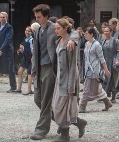 Divergent still - Tris and Caleb