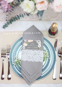 36 Ideas For Wedding Table Cloths Champagne Place Settings Table Setting Inspiration, Wedding Table Linens, Wedding Gifts For Bridesmaids, Wedding Dresses, Tiffany Wedding, Wedding Place Settings, Simple Wedding Invitations, Cloth Napkins, Trendy Wedding