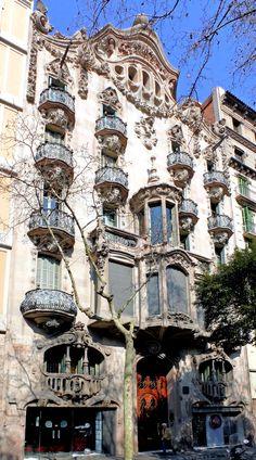 Casa Comalat. Avinguda Diagonal 442. Barcelona fachadas http://www.flickr.com/photos/arnimschulz/sets/72157623017863050/