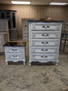 This is a perfect set to start a French country style bedroom redesign! The dimensions are: chest of drawers L, W, H nightstand L, W, H Bedroom Themes, Home Decor Bedroom, Bedroom Ideas, Shabby Chic Chest Of Drawers, House Decoration Items, Bedroom Bed Design, Pretty Bedroom, Thrifty Decor, French Country Style