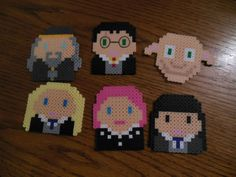 Harry Potter characters perler bead sprites (cute for the kids' backpack keychains) Melty Bead Patterns, Pearler Bead Patterns, Perler Patterns, Pearler Beads, Fuse Beads, Beading Patterns, Harry Potter More, Harry Potter Wizard, Harry Potter Theme