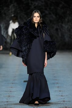 http://www.vogue.com/fashion-shows/spring-2016-couture/dice-kayek/slideshow/collection