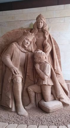 Richard III, Anne and Edward. Sand sculpture of the investiture of Edward as…