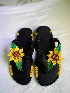Bling Flip Flops, Flip Flop Sandals, Flip Flop Images, Beaded Crafts, Baby Shoes, Cancer, Beads, Mary, Blog