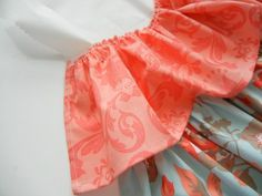 This gorgeous Ruffled Crib Skirt is the perfect addition for your new little bundle of joy's nursery! It also works perfectly for a little girl or boy. Crib Bed Skirt, Crib Skirts, Crib Bedding, Crib Skirt Tutorial, Ribbon Retreat, Diy Crib, Baby Pillows, Baby Crafts, Girls Bedroom