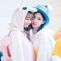 161204 Nayeon & Jihyo @ fansign event! mbracingstars - - - - - #nayeon #임나연 #나연 #twice #트와이스 #jyp #jypnation #sana #imnayeon #tzuyu #momo #jihyo #dahyun #jeongyeon #chaeyeong #mina #sixteen #koreanpop #kpop #got7 #like4like #kpopl4l #jypentertainment #tt #ohhahh #cheerup #likeohhahh #once