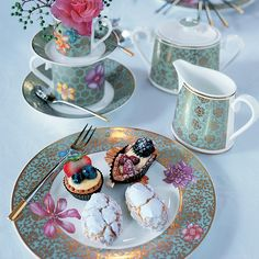 Villeroy u0026 Boch  Aureus  Dinnerware & flow Christmas Tablescapes   Kitchen   Pinterest   Christmas ...