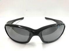 Oakley sunglasses Mensstraight Jacket polarized. Good Condition