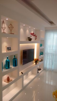 Living Room Wall Units, Living Room Tv Unit Designs, Home Design Living Room, Living Room Decor Cozy, Luxurious Bedrooms, House Rooms, Home Interior Design, Bookcase, Shelves