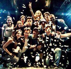 Violetta3 Disney Channel Shows, Disney Shows, Violetta Live, Netflix Kids, Son Luna, Series Movies, Tv Shows, It Cast, Celebs