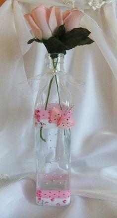 """Flasche/Vase """"Schmetterling"""" von Monique-Marie auf DaWanda.com Glass Vase, Etsy, Home Decor, Flasks, Handmade, Homes, Decoration Home, Room Decor, Home Interior Design"""