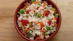 ENSALADA DE ARROZ Y PALITOS DE PESCADO Grains, Rice, Food, Carne, Pastel, Lettuce Tacos, Easy Recipes, Few Ingredients, Parsley