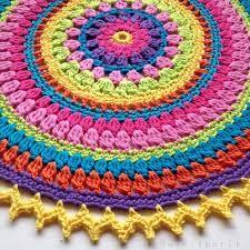 Resultado de imagem para tapetes mandala em croche