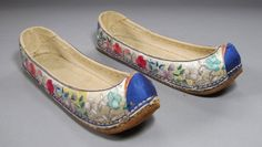 Pair of Very Rare/Fine Lady's Embroidered Flower Shoes