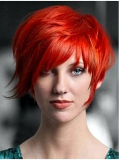 Red hair color comes up with so many hues. This rich hair color palette is refreshed time to time and the shades that professional hair colorists offer us are j Short Red Hair, Short Hair Cuts, Short Hair Styles, Short Bright Red Hair, Cheveux Oranges, Sassy Hair, Curly Hair, Corte Y Color, Haircut And Color