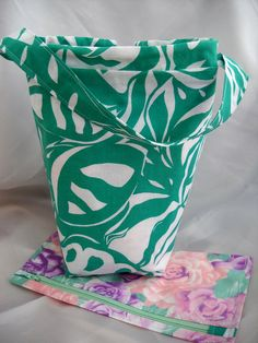 Knitting project bag sock knitters bag Interfaced Wip by Funtific, $17.00