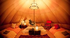 Glamping in Surrey, England – Bell-Zelt Glamping-Feiertag - Camping Ideen & DIY Glamping Wales, Bell Tent Glamping, Yurt Tent, Glamping Holidays, Tent Campers, Camping Glamping, Luxury Camping, Camping Storage, Tent Camping