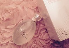 """""""Second only to the search of the perfect male, is the search for the perfect fragrance,"""" …said Carrie Bradshaw in Season Episode 13 of Sex and the City (or as it was cal… Sarah Jessica Parker, Carrie Bradshaw, Nude, Trends, Color, Colour, Colors, Paint"""
