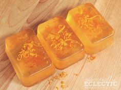 Orange Zest Lemon Soap Bars | This orange zest lemon soap is quick and easy to make yourself and makes for a great gift!