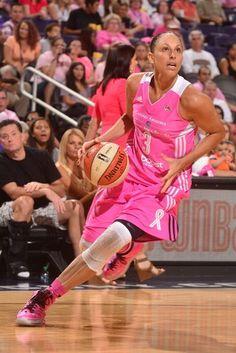 Diana Taurasi #3 of the Phoenix Mercury handles the ball
