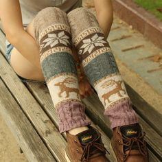 Fashion Leg Warmers Women Printed embroidery Warm Knee Crochet Warm Boot Cuffs Long Socks Knitted Boot Cuffs, Knit Boots, Women's Boots, Knee Socks Outfits, Booties Outfit, New York Girls, Marquesan Tattoos, Warm Boots, Boot Socks