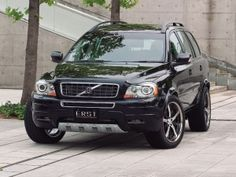 Volvo XC90. my future husband will care enough a/b my future childrens' welfare to get me one of these.