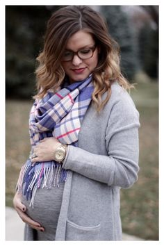 fall/ winter maternity style: gray cardigan & blue plaid scarf / maternity fashion